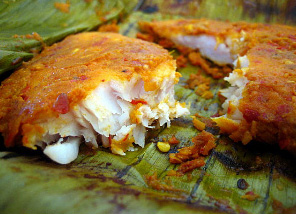 fish-in-banana-leaf