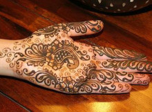 Beautiful Mehndi Designs for Eid