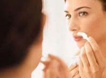 Tips for Dark Upper Lips