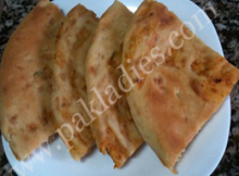 Chicken and Potato Stuffed Naan Recipe