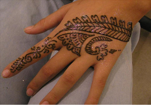 Fancy Mehndi Designs 6