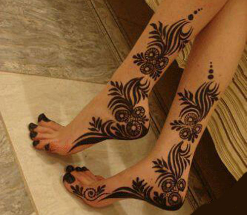 Latest Fashion Mehndi Design