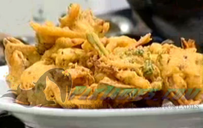 Chicken Pakoray with Vegetables