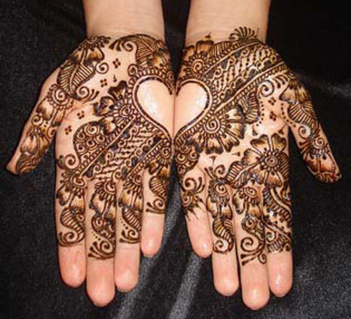 Beautiful Arabic Mehndi