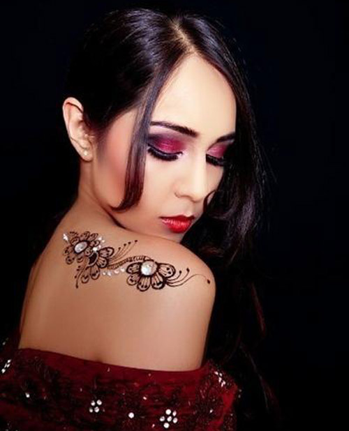 Mehndi Designs for the Neck