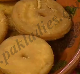 How to Make Meethi Tikiya
