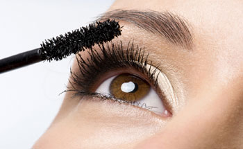 False Eyelashes Tutorial for Beginners