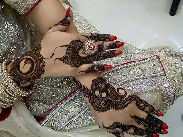 Black Mehndi Design 2018
