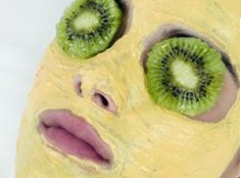 Kiwi and Papaya Face Mask