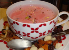 How to Make Easy Pink Kashmiri Tea