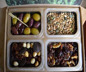 raisin nuts