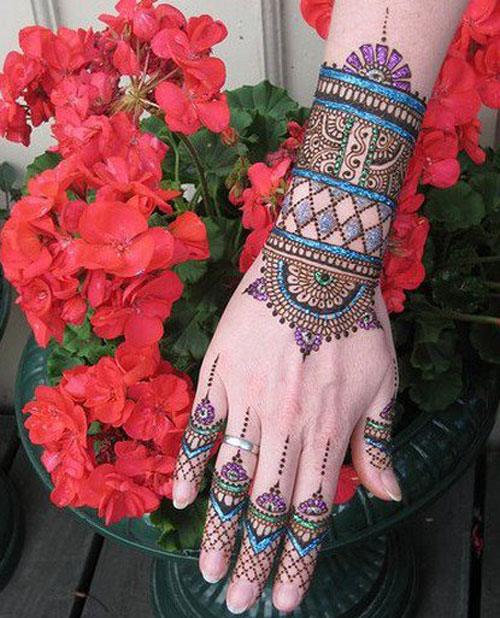 Multicolor mehndi design