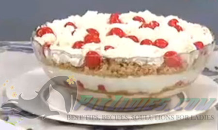 Coconut Macaroons Trifle