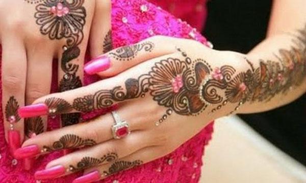 beautiful and simple mehndi designs