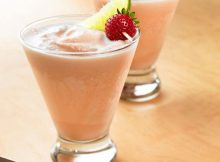Pineapple Strawberry Milkshake