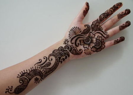 full hand mehndi design