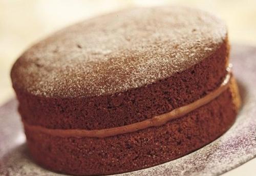 Light and Fluffy Chocolate Sponge Cake Recipe