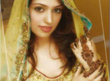 Beautiful Mehndi Dresses for Girls