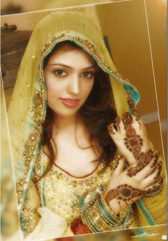 Bridal Mehndi Dress1