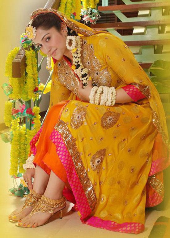 Pakistani Mehndi Dress
