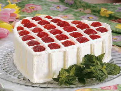 Valentine Strawberry Sponge Cake