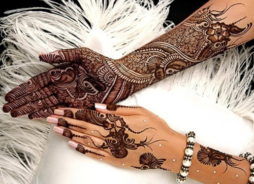 stunning mehndi design